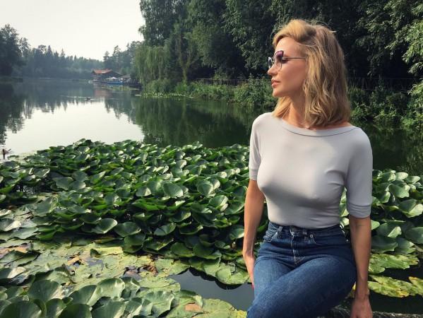 pornofilm-russkaya-banya