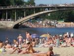 В Киеве запретили купаться абсолютно на всех пляжах
