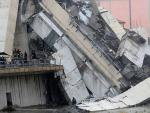 В Генуе рухнул 90-метровый мост: десятки погибших