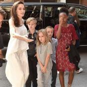 Шокирующее признание Анджелины Джоли: «Я даже ванну принимаю в присутствии моих детей»