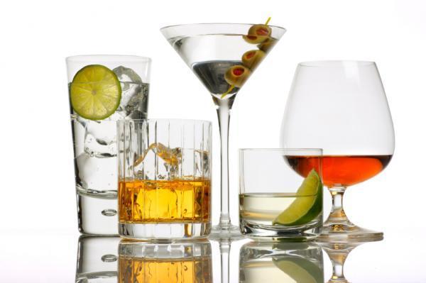 Как пьют спиртные напитки.  2. 1. Загружено с plus.google.com в коллекцию.