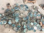 В Нидерландах нашли средневековый горшочек с золотом