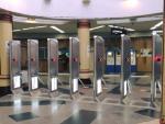 В 2021 году на 23 станциях киевского метро обновят турникеты для приема банковских карт