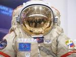 Космонавт рассказал, как можно почесать нос в скафандре