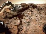 Марсоход «Кьюриосити» наткнулся на странные скалы, которые невозможно пробурить