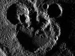 На Меркурии обнаружен кратер в форме Микки Мауса