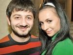 Михаил Галустян подарил жене романтический отдых на Бали