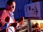 Ученые: поздний ужин смертельно опасен для здоровья