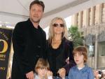 Расселу Кроу из-за развода с женой пришлось продать череп динозавра и колесницу из Гладиатора