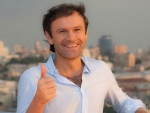 Вакарчук обвинил партию Порошенко в предвыборной нечистоплотности