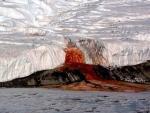 В Антарктиде обнаружили Кровавый водопад