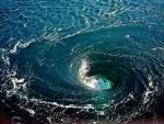 Ученые озадачены появлением двух гигантских  400-километровых водоворотов в Атлантике